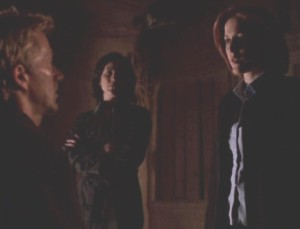 Scully interrogating Jeremiah Smith, with Reyes at her side...
